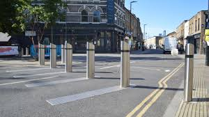 Why Street Bollards Are More Useful For Your Company Than You May Think